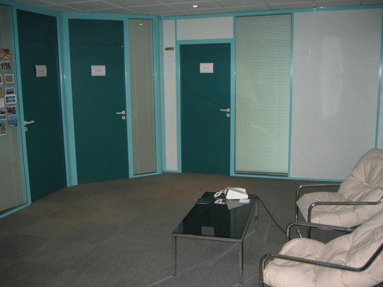 Photo d'un espace d'accueil des bureaux à louer au centre d'affaires Saint-Nicolas